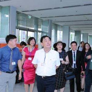 Lễ ký kết hợp đồng máy nghiền rổ đĩa đôi giữa Công ty Sơn Hà Nội và Công ty Hùng Vân